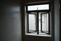 Finestre del corridoio Immagini Stock Libere da Diritti