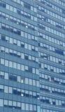 finestre della costruzione Immagini Stock