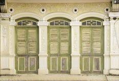 Finestre di eredità, Penang, Malesia fotografia stock libera da diritti