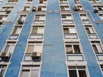 finestre di struttura in una costruzione Immagini Stock