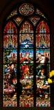 Finestre di vetro macchiato nella cupola di Riga a Riga, Lettonia Immagini Stock Libere da Diritti