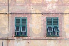 Finestre italiane Fotografia Stock Libera da Diritti