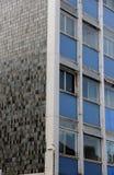 Finestre Manchester dell'ufficio Fotografie Stock Libere da Diritti