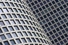 Finestre moderne della costruzione Fotografia Stock Libera da Diritti