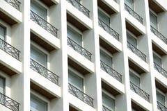 Finestre moderne della costruzione Immagine Stock Libera da Diritti