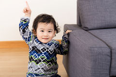 Finger asiático del bebé que destaca Fotografía de archivo