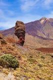 Finger des Gottfelsens am Vulkan Teide in Teneriffa-Kanarengirlitz Stockbild