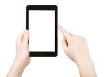 Finger que hace clic el panel táctil con la pantalla cortada Imagen de archivo