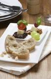 Fingerfood乳酪和葡萄串 免版税库存照片
