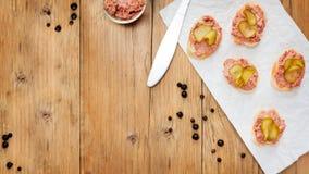 Fingerfood con la coronilla Foto de archivo libre de regalías