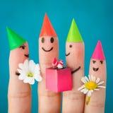 Fingerkonst av vänner Grupp av barn på födelsedagpartiet Royaltyfri Fotografi