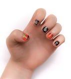 Fingernaglar som artistically målas för Hwlloween Royaltyfri Bild