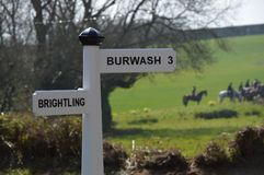 Fingerpost nära Brightling och Burwash östliga Sussex Arkivbilder
