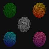 fingerprints Απεικόνιση του δακτυλικού αποτυπώματος των διαφορετικών χρωμάτων σε ένα μαύρο υπόβαθρο επίσης corel σύρετε το διάνυσ απεικόνιση αποθεμάτων