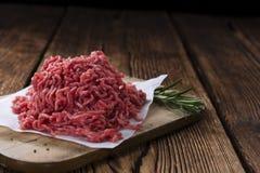 finhackad tät meat förbereder klart till upp Arkivfoton