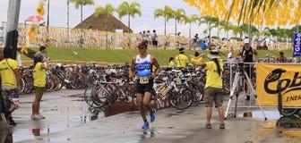 Fini de chemin de passage de marathon d'Ironman Philippines Photo libre de droits