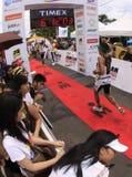 Fini de chemin de passage de marathon d'Ironman Philippines Photos libres de droits