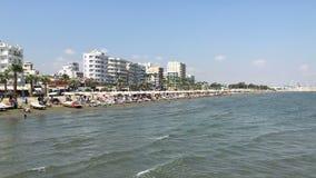 Finikoudes plaża w Larnaka, Cypr zdjęcie wideo