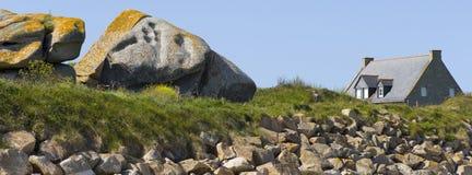 Finistere海滩的之家 库存图片