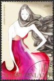 FINLAND - 2009: shower klär vid Jasmin Santanen, serie finlandssvenskt mode Royaltyfri Bild