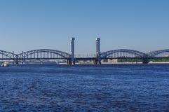 Finlandia kolejowy most przez Neva rzekę w świętym Petersburg Obraz Stock