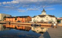 Finlandia, Kuopio: Puerto deportivo y depósito viejo del puerto Imágenes de archivo libres de regalías