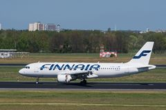 Finnair Airbus A320 à l'airp de Berlin Tegel Photos stock
