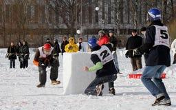 Finnische Meisterschaften 2010 des Yukigassen Schneeballs Lizenzfreie Stockfotos
