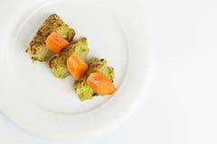 Finocchio con salsa besciamella e le carote Fotografie Stock Libere da Diritti