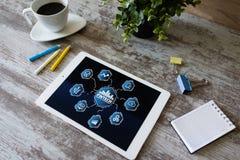 FINTECH - финансовая технология r Онлайн-платеж и вклад стоковые фотографии rf