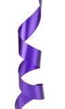 Fiołkowy kędzierzawy jedwabniczy faborek. Obrazy Stock