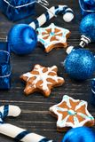 Fiocchi di neve del pan di zenzero di Natale Immagine Stock