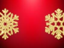 Fiocchi di neve dorati dell'oggetto della decorazione di Natale di scintillio per le cartoline d'auguri, inviti, regali su rosso  illustrazione vettoriale