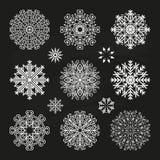 Fiocchi di neve su priorità bassa nera Fotografie Stock Libere da Diritti