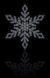 Fiocco di neve dei diamanti su fondo nero Fotografia Stock
