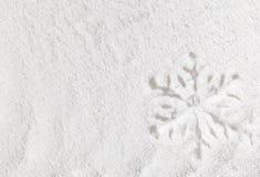 Fiocco di neve in neve immagini stock