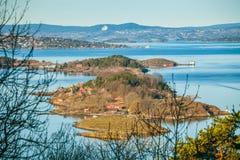 Fiord de Oslo en el amanecer Visión agradable desde la colina del parque de Ekebergparken Imágenes de archivo libres de regalías