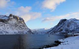 Fiordo de Senja, Noruega fotos de archivo libres de regalías