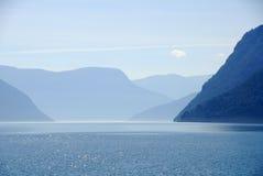 Fiordo del lustre, Noruega Imágenes de archivo libres de regalías