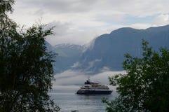 Fiordo della Norvegia della nave di giro Immagine Stock Libera da Diritti