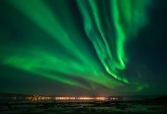 Fiordo di Alta dell'aurora boreale fotografie stock libere da diritti