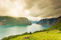 Fiordo di Aurland dal punto di vista di Stegastein, Norvegia Fotografie Stock