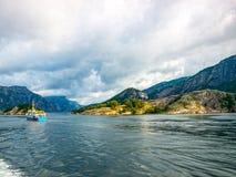 Fiordo Noruega imagenes de archivo