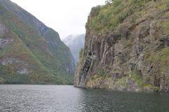 Fiordo noruego, Escandinavia Fotos de archivo libres de regalías