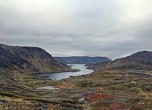 Fiordo y tundra en Noruega Fotos de archivo