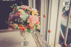 Fiore artificiale della decorazione variopinta fotografia stock