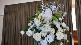 Fiore & candela usati per un funerale fotografie stock
