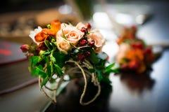 Fiore del butoniere delle nozze della sposa Immagini Stock Libere da Diritti