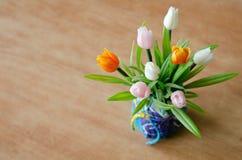 Fiore di plastica del tulipano Fotografia Stock