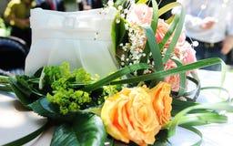 Fiore e sacchetto fotografia stock libera da diritti